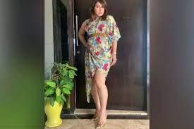 भोजपुरी स्टार खेसारी लाल यादव की बंगलिनिया फेम एक्ट्रेस पाखी हेगड़े की बोल्ड  तस्वीरें वायरल, देखें Photos - Khesari Lal Yadav actress and Bangliniya  song fame bhojpuri ...