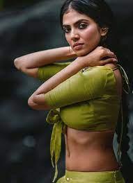 Malavika Mohanan Bold Hot Look Goes Viral On Internet Fans Got Shocked On  Instagram | इंटरनेट पर छा गया मालविका मोहनन का बोल्ड लुक, एक्ट्रेस की तस्वीरों  ने रोकी 'दिलों की धड़कन'